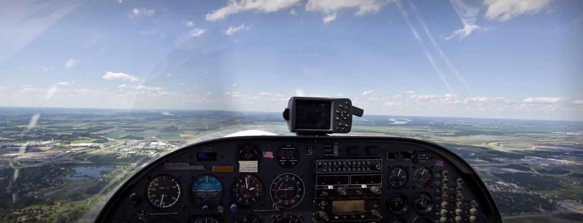 flugschule-austrian-pilots-academy-salzburg-mobile-5